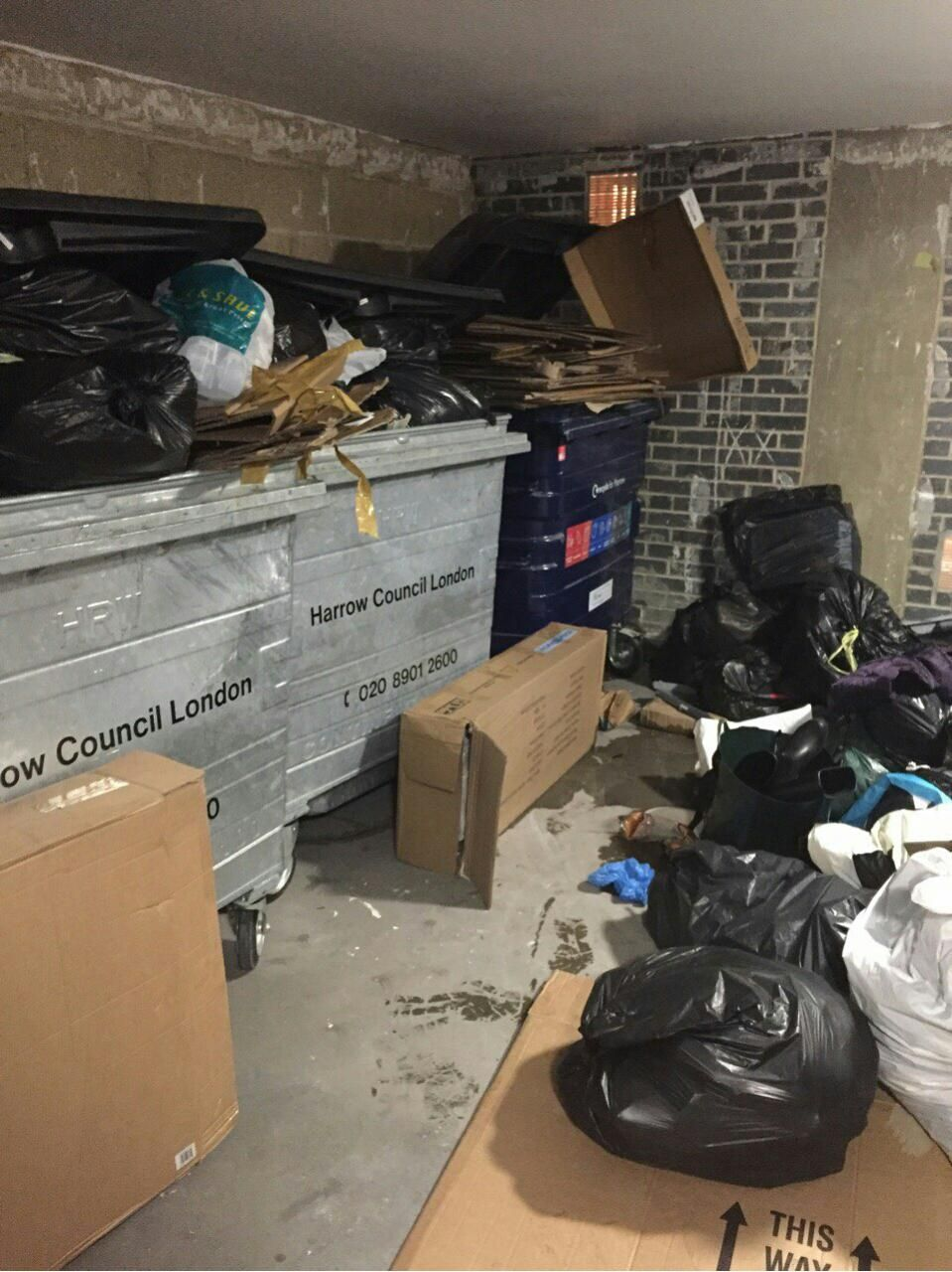 Waterloo disposing waste SW1