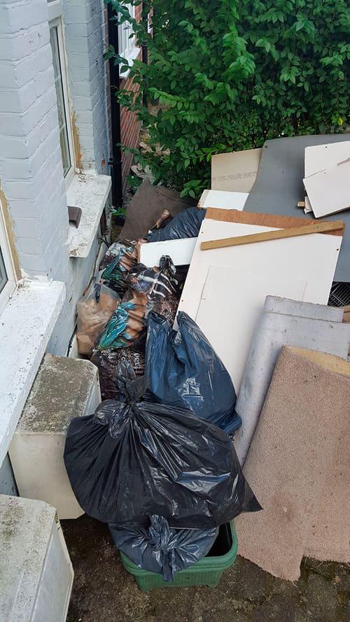 Tottenham Court Road disposing waste W1