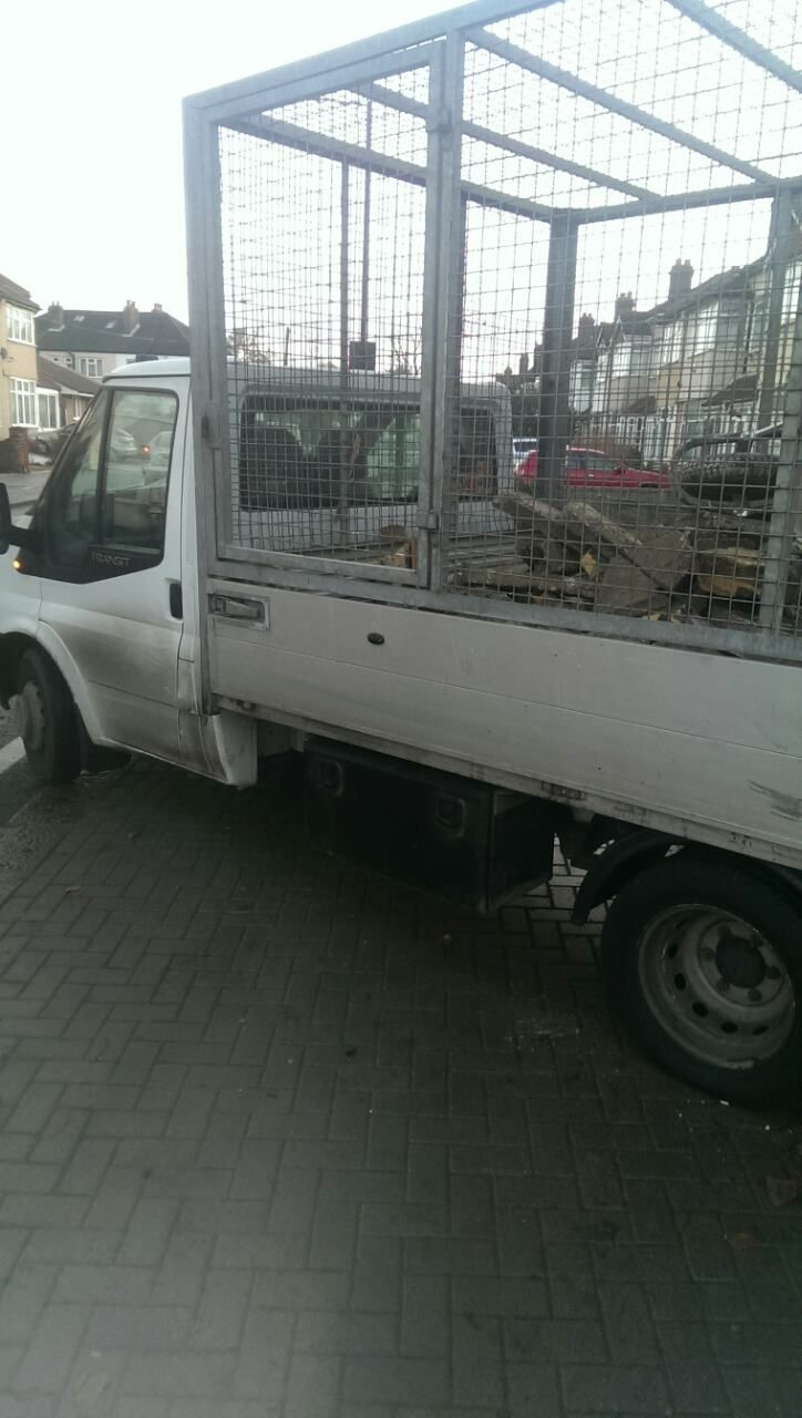 RM1 junk removal companies Ardleigh Green