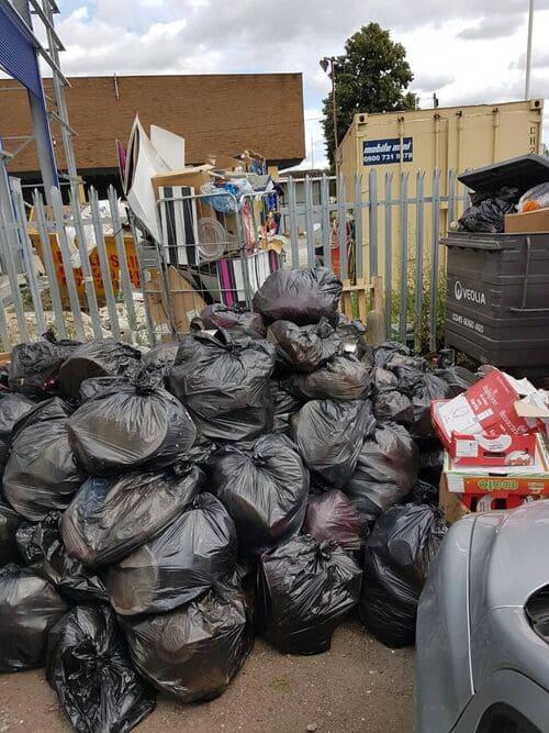 recycling bins N14