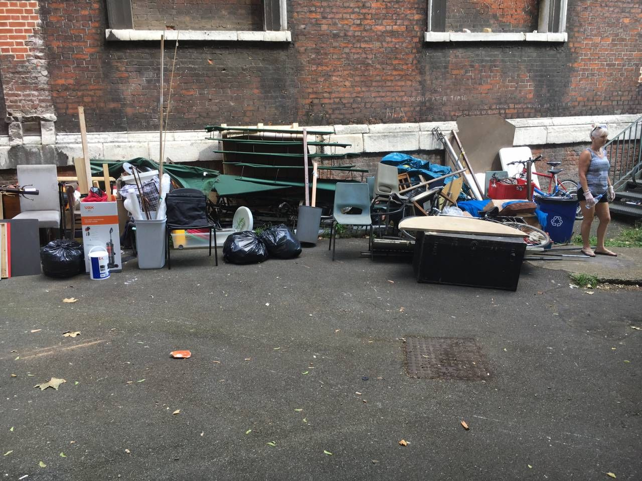 SE1 rubbish removal Bankside